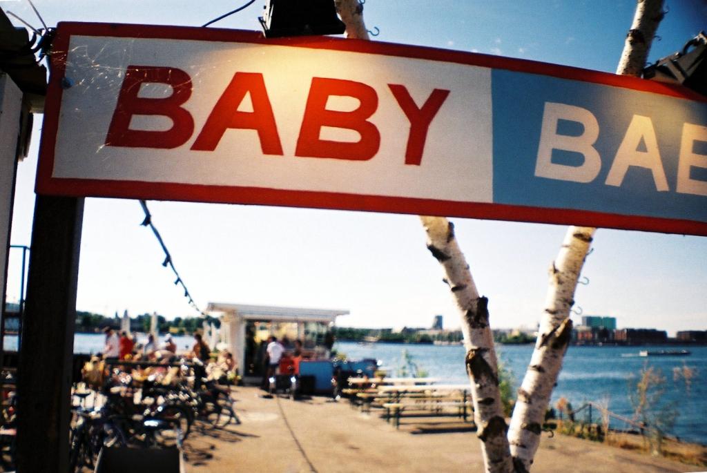 Baby Baby Popup Bar Café Summer Badested Hotspot Waterslide Badebro Refshaleøen København Copenhagen Copenhej