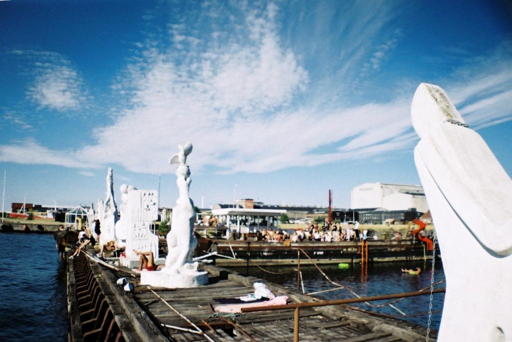 Baby Baby Popup Bar Café Summer Badested Hotspot Waterslide Sculptures Badebro Refshaleøen København Copenhagen Copenhej