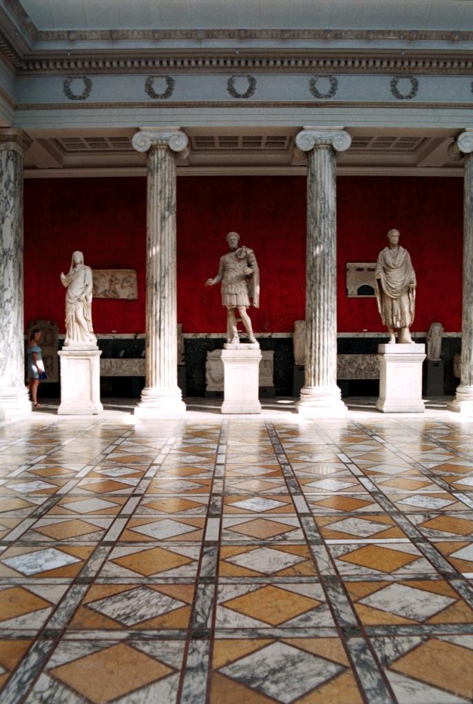 Glyptoteket Art Museum Sculptures Marble Pillars Kunst Samling København Copenhagen Copenhej