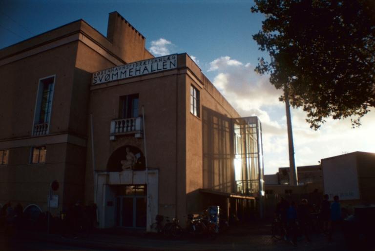 Københavns bedste sauna & saunagus. Ø-brohallen Svømmehal Kurbad SPA Østerbro