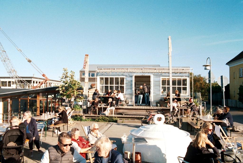 Café Slusen Bar Sydhavn Harbor København Copenhagen Copenhej