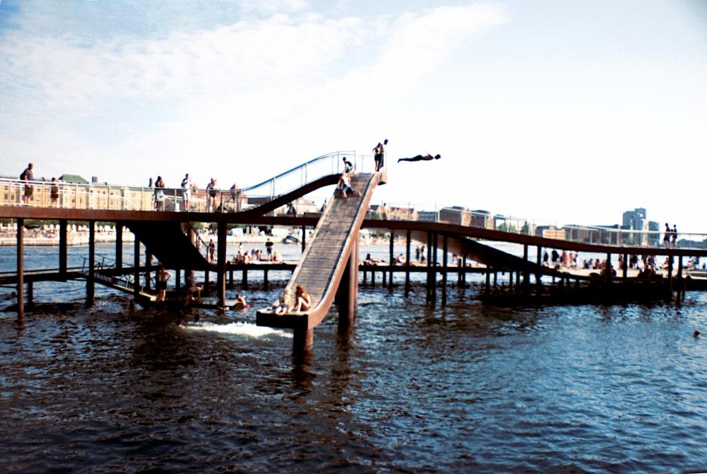 Swimming spot Badested Kalvebod Brygge Bølge Sea Swimming Harbor Kayak SUP Summer Havn København Copenhagen Copenhej